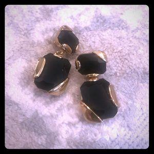 Kate spade classic earring in black stone